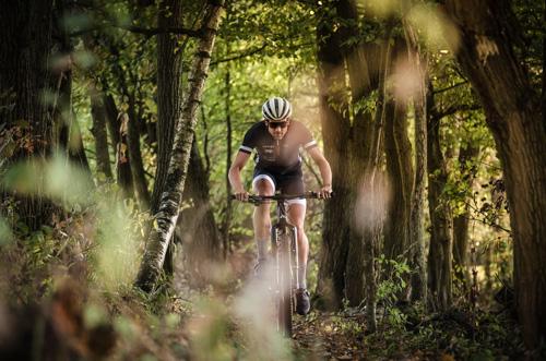 Boris Stein fährt Mountainbike