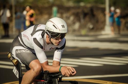 Boris Stein fährt mit seinem Canyon Speedmax SLX