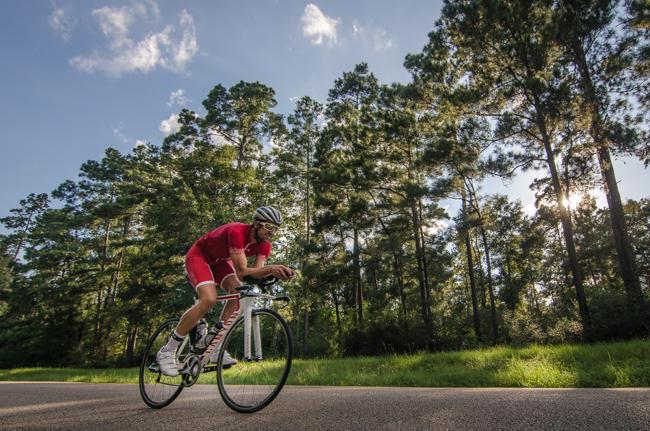 Boris Stein fährt Rad in den Woodlands