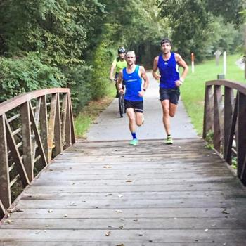 Boris Stein und Patrick Lange auf dem Laufkurs des IRONMAN Texas