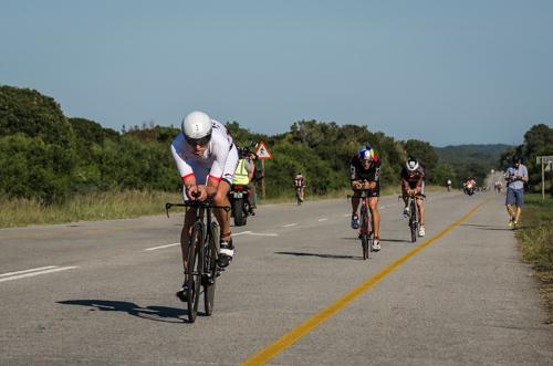 Boris Stein auf dem Rad während des IRONMANs Südafrika
